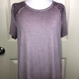 American Eagle Outfitter Soft & Sexy T-Shirt Lace